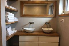 Koupelna2umyvadlaSkrinka